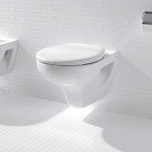 Стенна тоалетна чиния